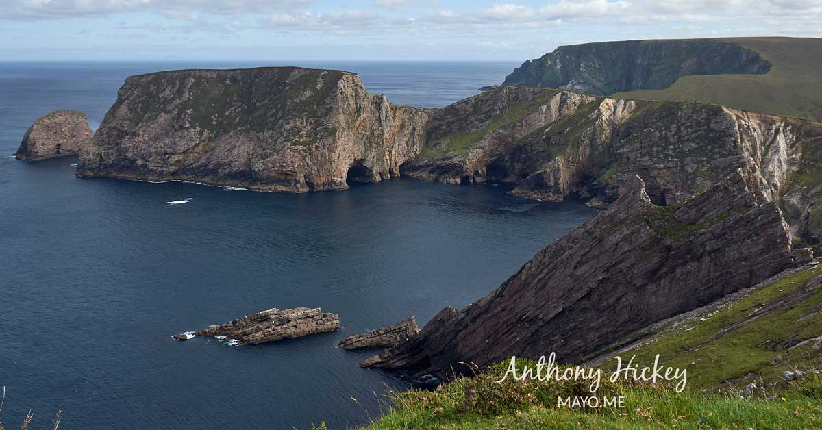 A magnificent cliff amphitheatre along the Benwee Head Loop Walk. Photo: Anthony Hickey