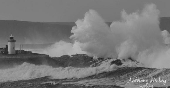 broadhaven-storm-wave